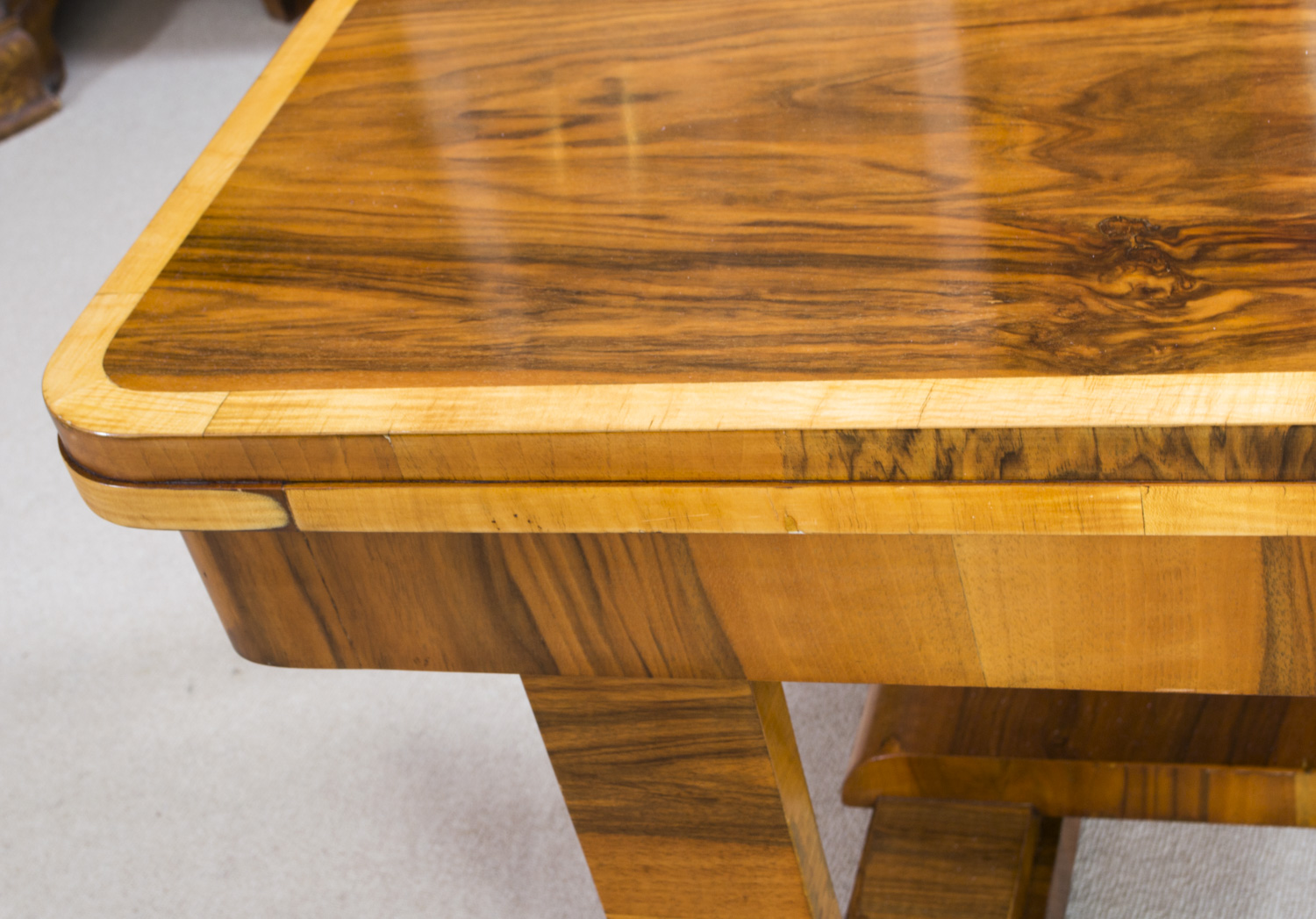 06845 antique art deco burr walnut dining table art deco dining 13
